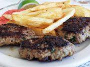 Biftekia – steaks de viande hachée grecs