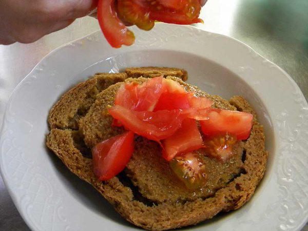 Tomates pour la recette des dakos