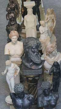 Statuettes et souvernirs