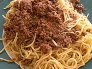Macaronia me kima – spaghettis à la sauce bolognaise
