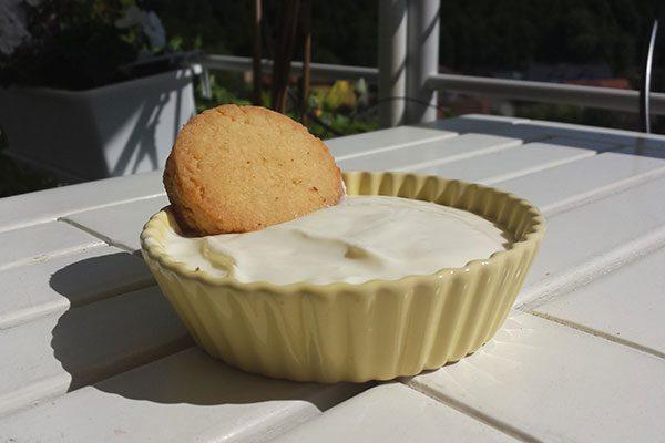Yiaourti lemoni – yogourt au citron