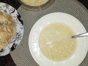 Kotopoulo avgolemono soupa – soupe poulet et citron