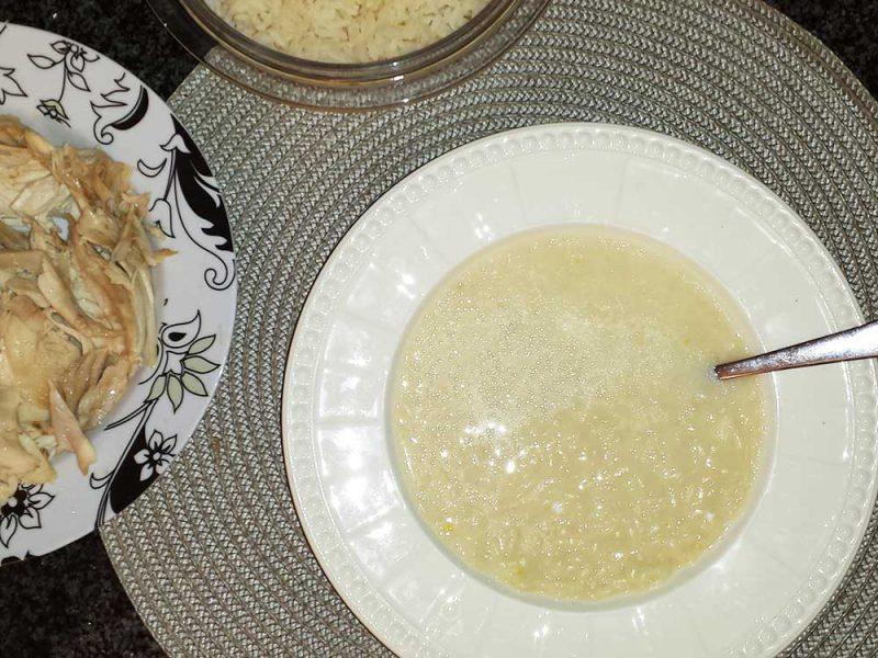 Soupe de poulet au citron
